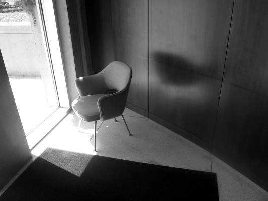 Saarinen chair