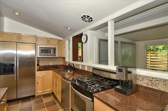 3500 Woodridge -Kitchen