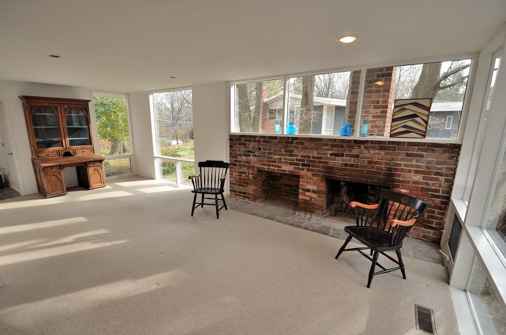 Eason Cross House living room