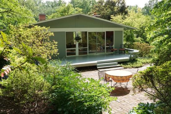 3915 Rickover Spring Deck shot