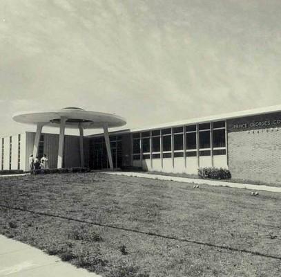 Hyattsville Library (1964, Walton and Madden)