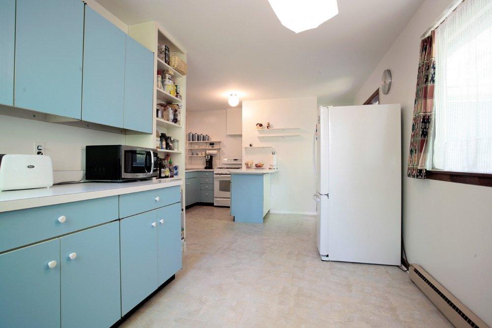 11103-mitscher-st-kitchen2