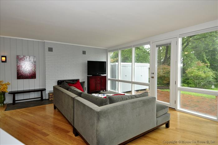 web_floor-plan-living-room