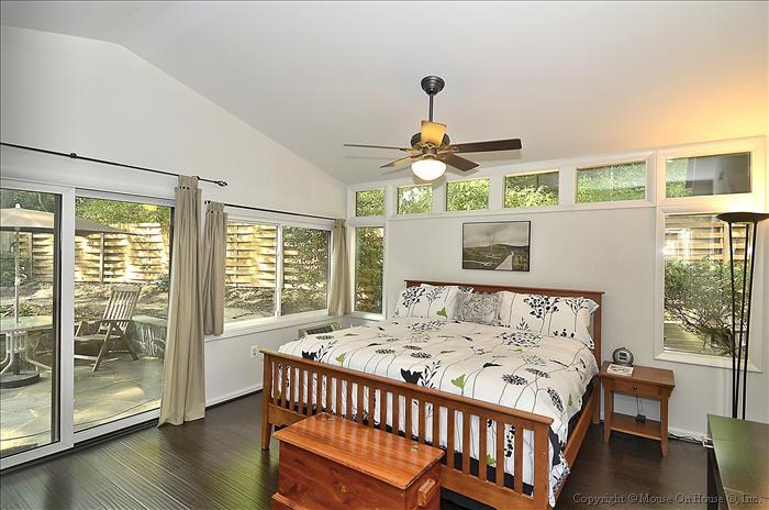 web_floor-plan-master-bedroom