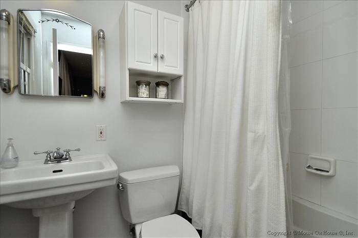 web_main-level-mstr-bath