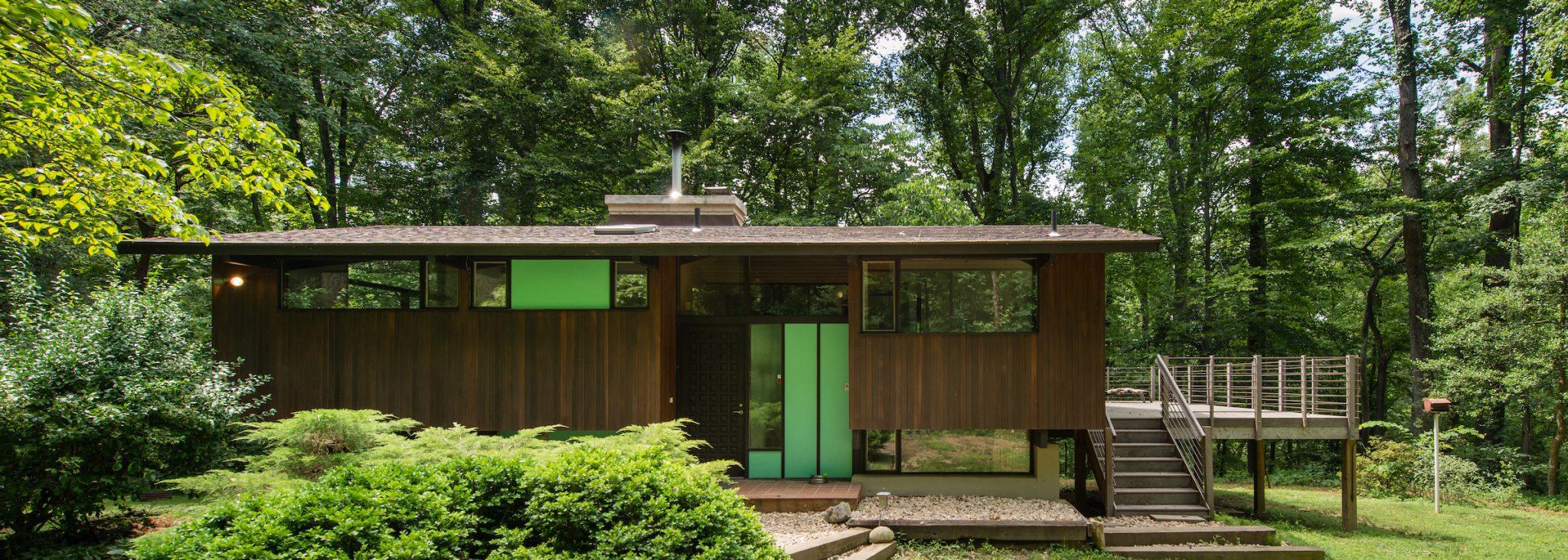 Deck-House