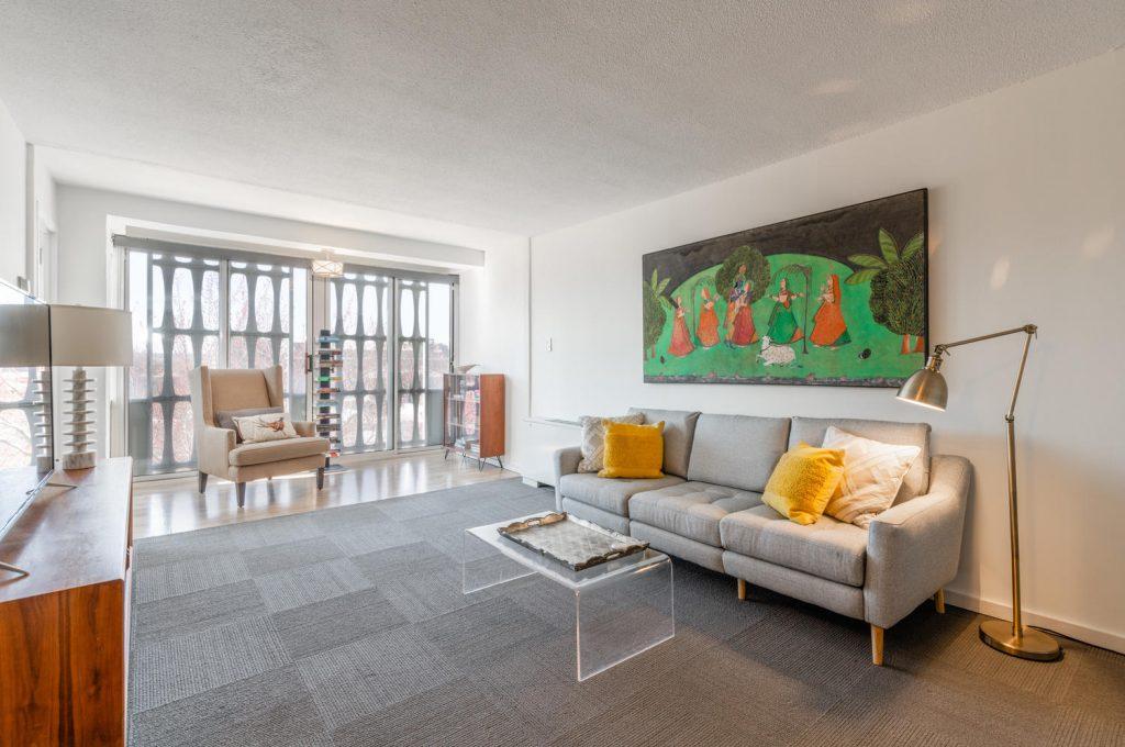 Living room in Charles Goodman-designed apartment in River Park